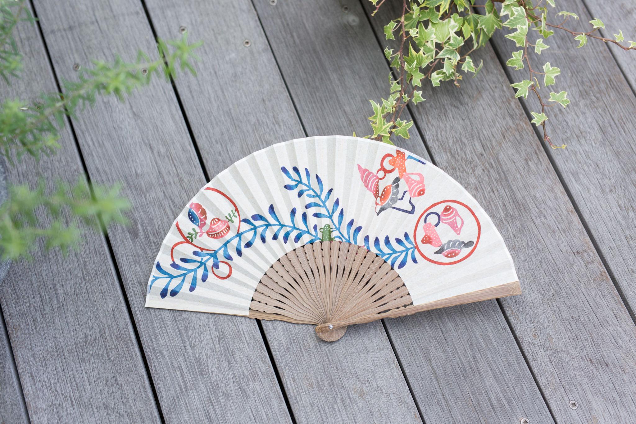 カタチキ扇子「貝に海藻」
